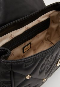 Guess - SHANINA  - Across body bag - black - 4