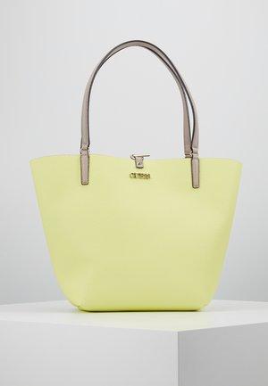 ALBY TOGGLE TOTE SET - Handbag - taupe