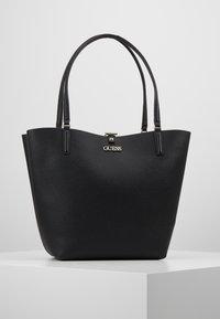 Guess - ALBY TOGGLE TOTE SET - Handbag - black - 0