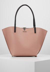 Guess - ALBY TOGGLE TOTE SET - Handbag - black - 6