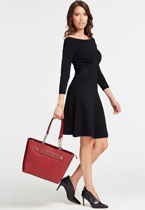 KERRIGAN  - Tote bag - red