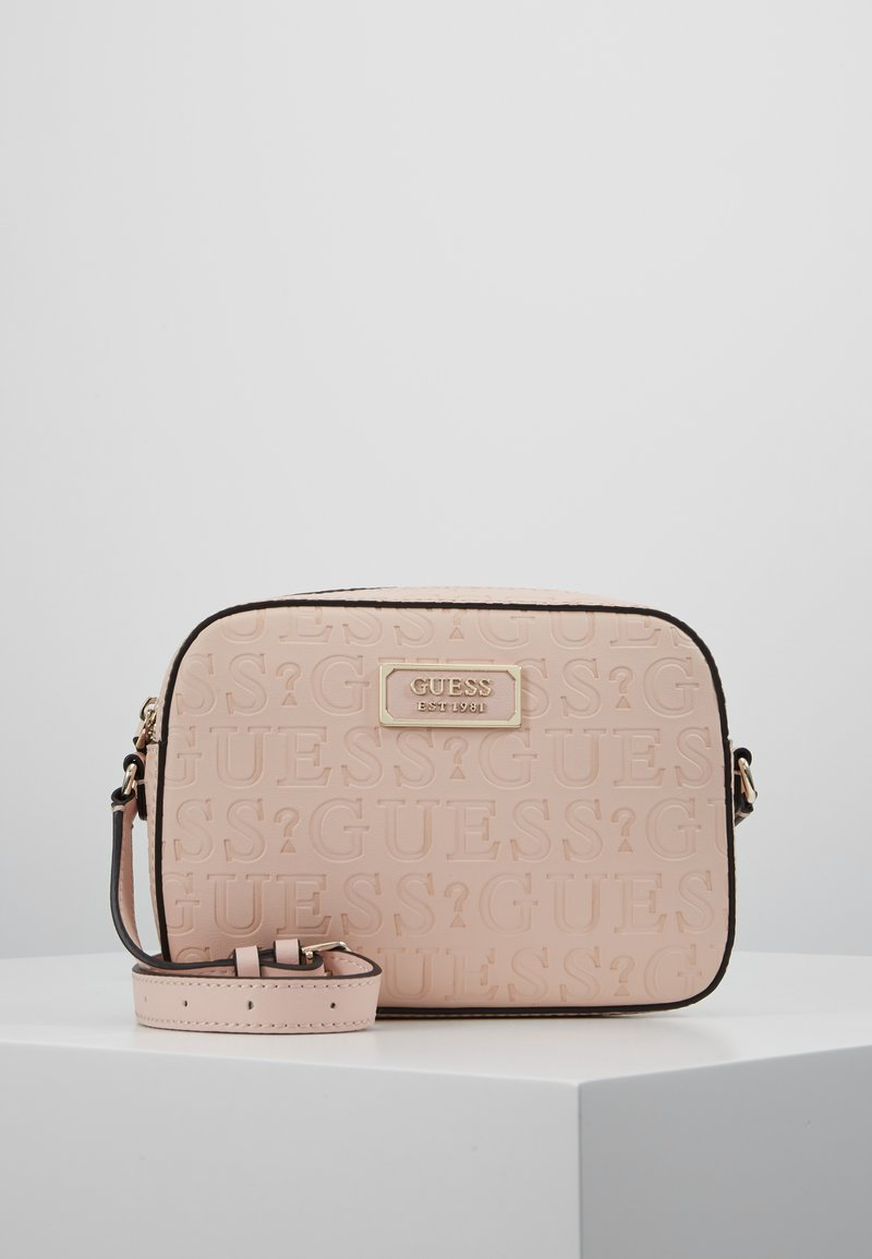 Guess - KAMRYN CROSSBODY TOP ZIP - Skulderveske - peach