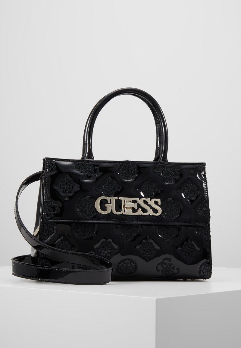 Guess - GUESS CHIC GIRLFRIEND SATCHEL - Bolso de mano - black
