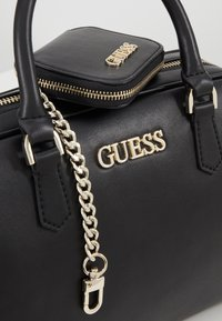 Guess - CALISTA BOX SATCHEL - Borsa a mano - black - 8