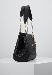 Guess - BRIELLE GIRLFRIEND SATCHEL - Handbag - black - 3