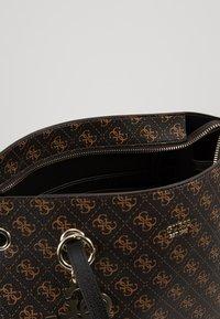 Guess - Shoppingveske - brown - 4