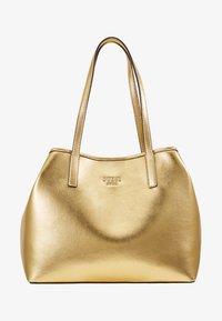 Guess - VIKKY TOTE SET - Handbag - gold - 7