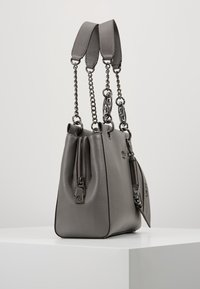 Guess - TARA GIRLFRIEND SATCHEL - Handbag - grey - 3