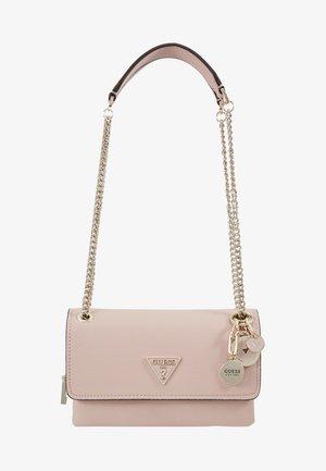 NARITA CONVERTIBLE CROSSBODY - Handtasche - light pink