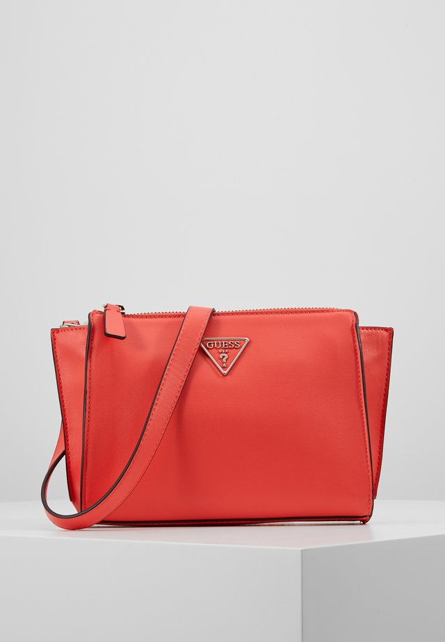 TANGEY MINI CROSSBODY TOP ZIP - Sac bandoulière - coral