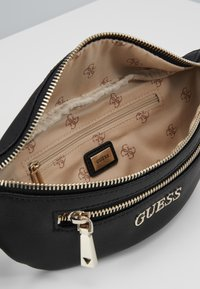 Guess - CALEY BELT BAG - Sac banane - black - 4