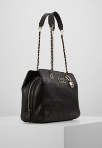 Guess - LOGO LOVE GIRLFRIEND SATCHEL - Kabelka - black - 3