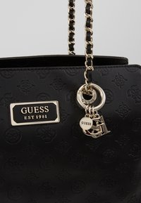 Guess - LOGO LOVE GIRLFRIEND SATCHEL - Kabelka - black - 6