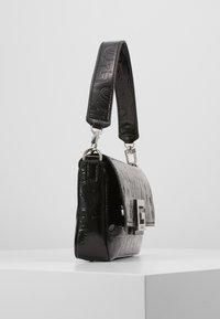 Guess - BRIGHTSIDE SHOULDER BAG - Handbag - black - 3