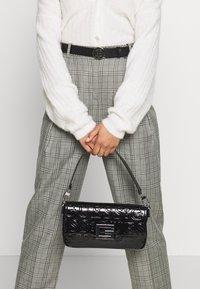 Guess - BRIGHTSIDE SHOULDER BAG - Handbag - black - 1