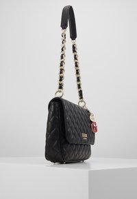 Guess - MELISE SHOULDER BAG - Handtas - black - 4