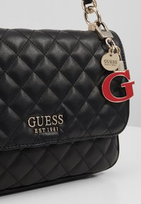 Guess - MELISE SHOULDER BAG - Handtas - black - 2