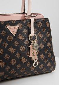Guess - MADDY GIRLFRIEND SATCHEL - Håndtasker - brown - 7