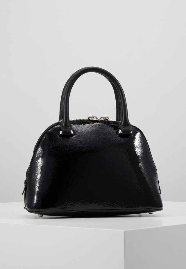 MADDY SMALL DOME SATCHEL - Schoudertas - black