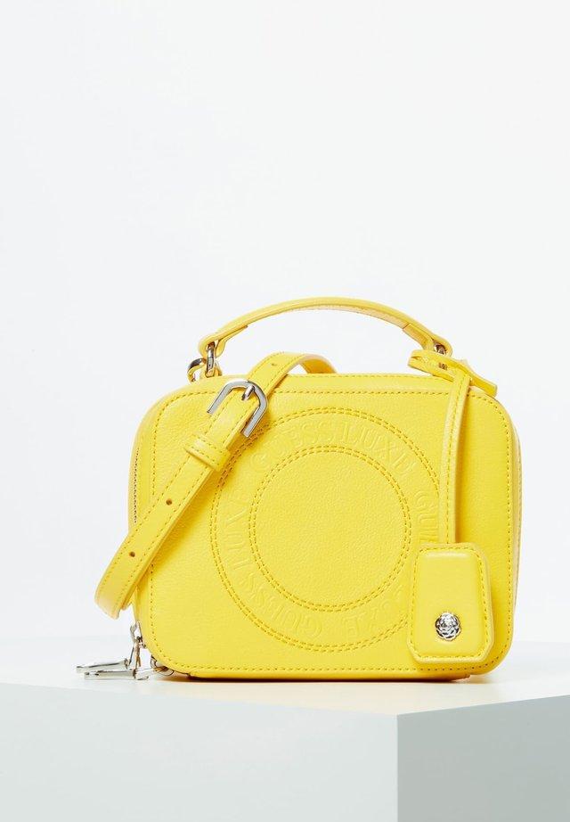 CAMERA BAG ECHTES LEDER - Cameratas - yellow