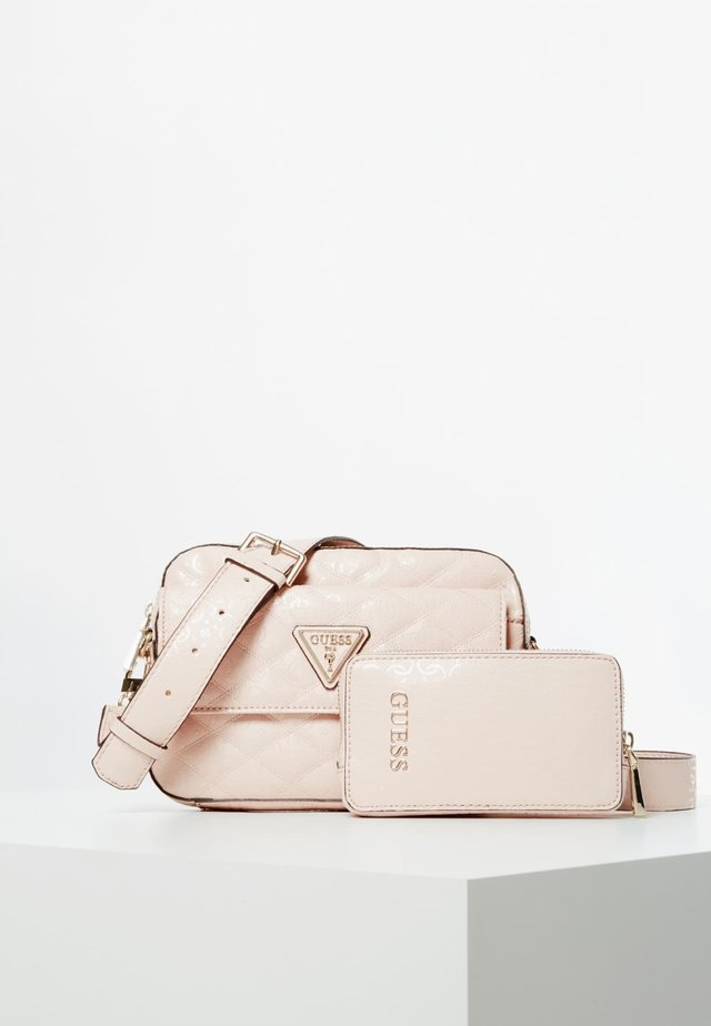 ASTRID - Torba na ramię - light pink