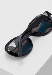 Guess - Gafas de sol - black - 4