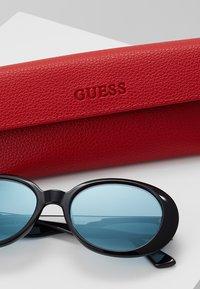 Guess - Gafas de sol - black - 2