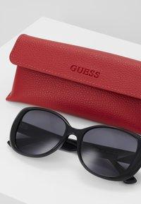 Guess - Occhiali da sole - black - 3