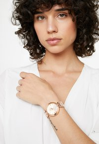 Guess - LADIES - Montre - rose gold-coloured - 0