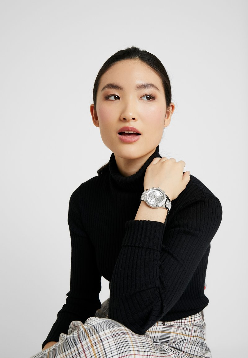 Guess - ROCKSTAR - Uhr - silver-coloured