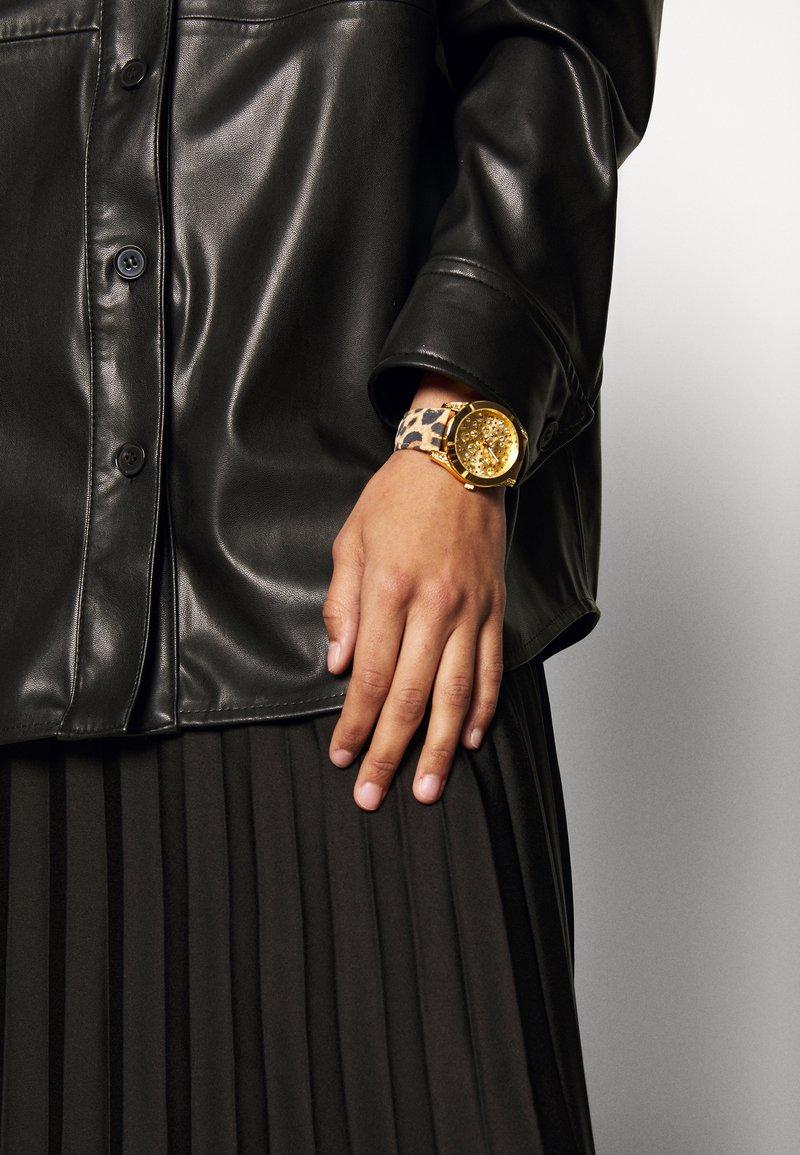 Guess - WONDERLUST - Horloge - gold-coloured