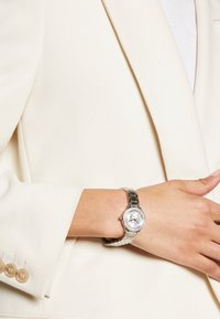 Guess - LADIES - Orologio - silver-coloured - 0