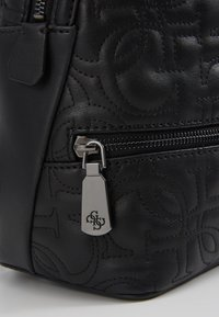 Guess - NEW WAVE BACKPACK - Reppu - black - 6