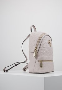 Guess - NEW WAVE BACKPACK - Reppu - moonstone - 3