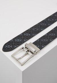 Guess - GIFT BOX W/2 BUCKLES - Belt - black - 2