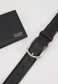 Guess - GERARD GIFT BOX BELT - Gürtel - black - 2