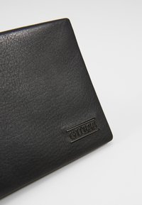 Guess - NEW BOSTON FLAT BILLFOLD - Peněženka - schwarz - 2