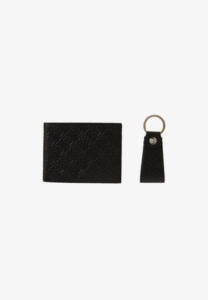 DAN LOGO GIFT BOX KEYRING SET - Klíčenka - black