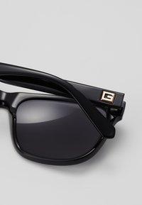 Guess - Sunglasses - black/grey - 2
