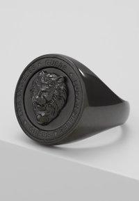 Guess - LION HEAD COIN  - Prsten - gunmetal - 4