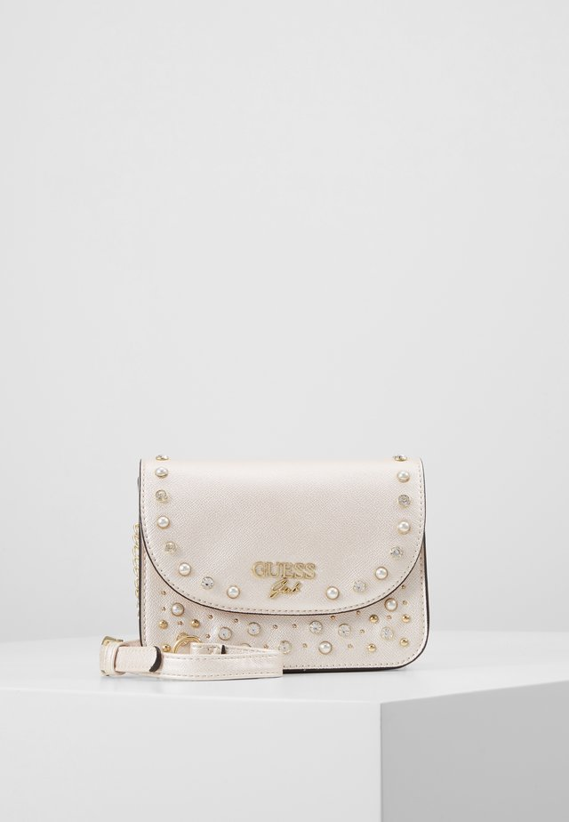 CROSSBODY FLAP - Schoudertas - perlato
