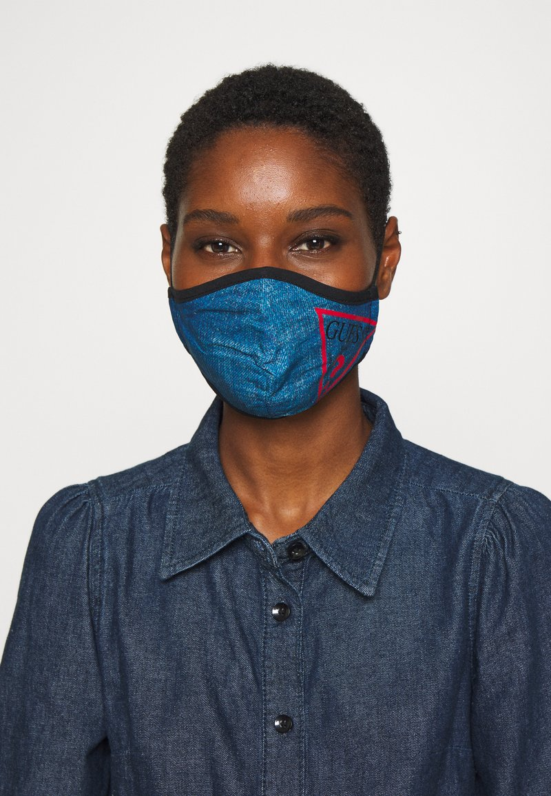 Guess - FACE MASK - Maschera in tessuto - denim logo print