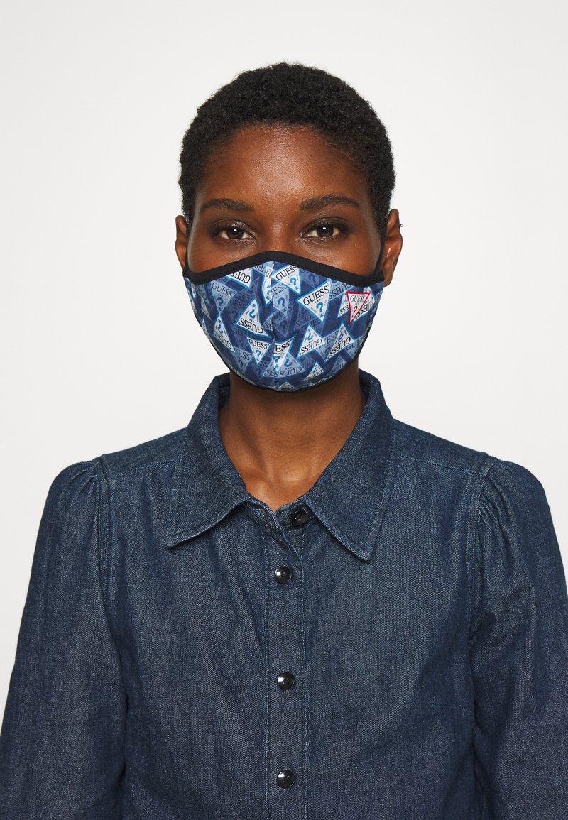Guess - FACE MASK - Masque en tissu - full triangle