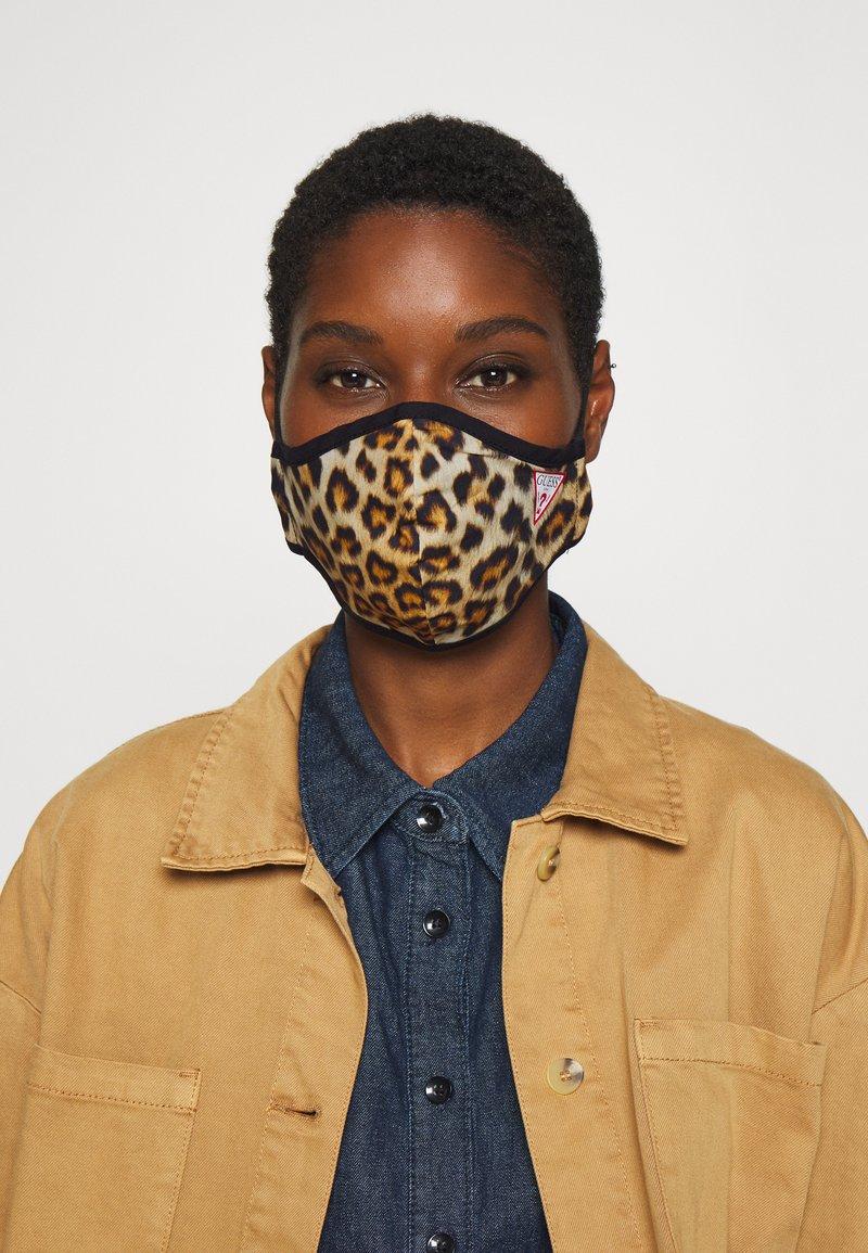 Guess - FACE MASK - Maschera in tessuto - full leo