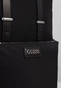 Guess - NEW MILANO BACKPACK - Tagesrucksack - black - 2