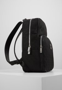 Guess - DAN LOGO BACKPACK - Reppu - black - 4