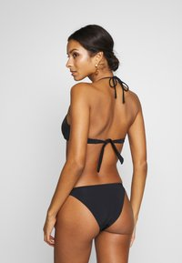 Guess - ICON WIRED CUP - Bikinitopp - jet black - 2