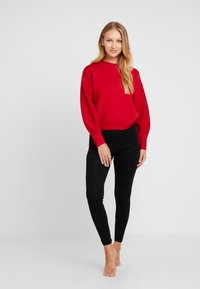 Guess - EMBOSSED LOGO SWEATER - Trui - planet red - 1