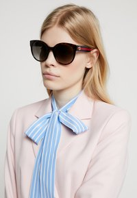 Gucci - Sonnenbrille - havana/blue/brown - 1
