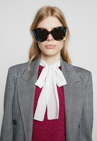 Gucci - Sunglasses - multicolor - 1